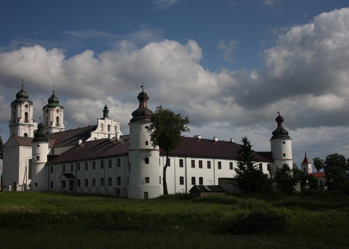 Church_and_monastery_in_Sejny